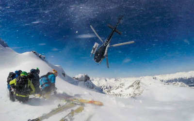 Russian Mountain Holidays | Heli-Skiing in Russia, North Caucasus