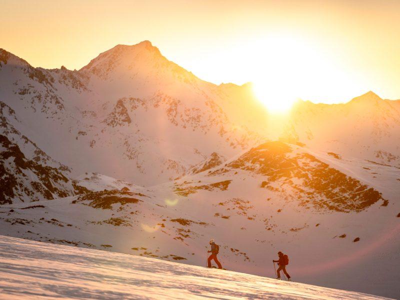 Mount Elbrus Ski-Tour Ascent | RMH ELBRUS GUIDES (Russian Mountain Holidays)
