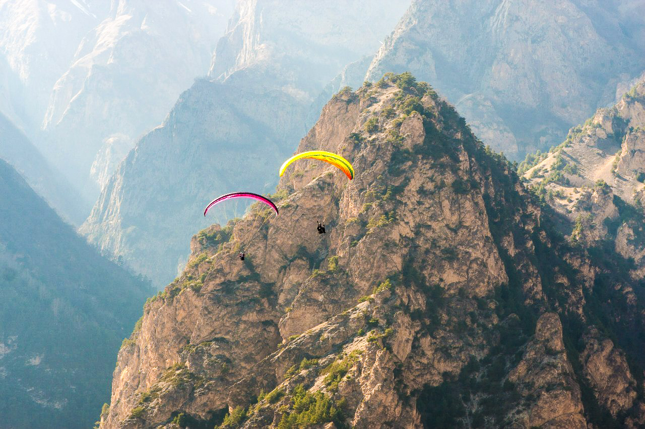 Paragliding in Chegem Gorge | Russian Mountain Holidays