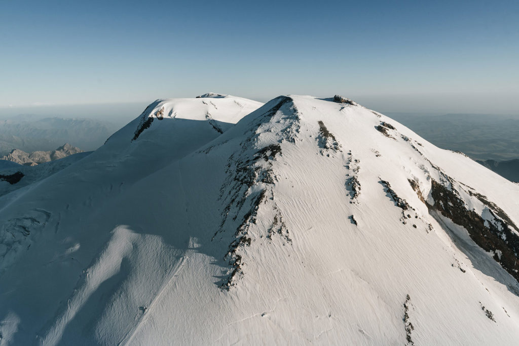 Elbrus Climbing tours. The Traverse Route | Russian Mountain Holidays - Elbrus Guides (RMH)